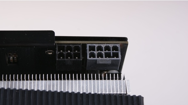 Bilder zu Point of View Geforce GTX 680 TGT Ultra Charged - Bilder
