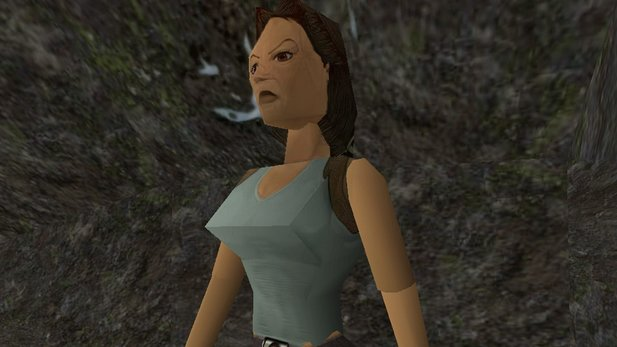 Lara Croft in alt