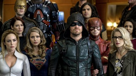 Supergirl, Flash, Arrow & Co - Crossover-Trailer: DC-Superhelden legen sich mit Nazis an