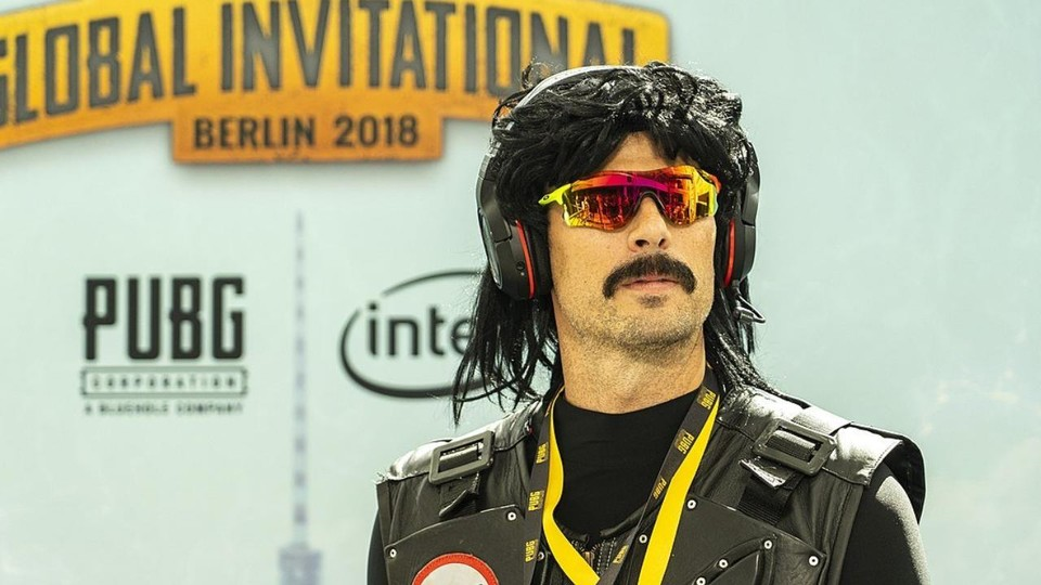 "Der Streamer ""Dr. Disrespect"" auf dem PUBG Invitational in Berlin."
